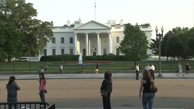 exterior shots of the us treasury building tourists visiting the area on september 1 2010 in washington united states - us finanzministerium stock-videos und b-roll-filmmaterial