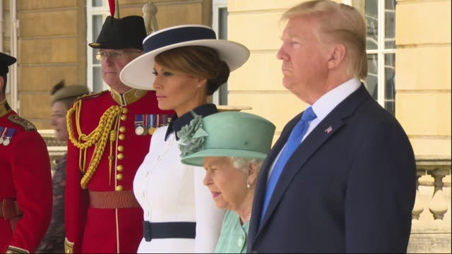 stockvideo's en b-roll-footage met exterior shots of us president donald trump and first lady melania trump visiting queen elizabeth ii at buckingham palace on 3rd june 2019 in london,... - international landmark