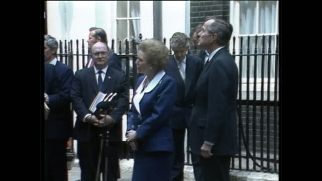 exterior shots of us president george h w bushand prime minister margaret thatcher greeting george h w bush on arrival & both pose for a photo... - 1989 stock videos & royalty-free footage