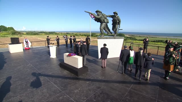 exterior shots of veterans taking part in a special service at the new british dday memorial marking the 75th anniversary of the dday landings on 6... - d day stock-videos und b-roll-filmmaterial