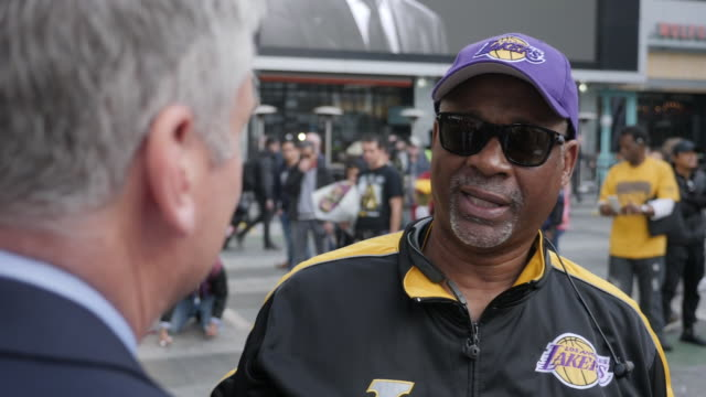 exterior shots of vox pops with la residents mourning the death of kobe bryant in front the of the staples centre on 27th january 2020 in los angeles... - kobe bryant stock videos & royalty-free footage