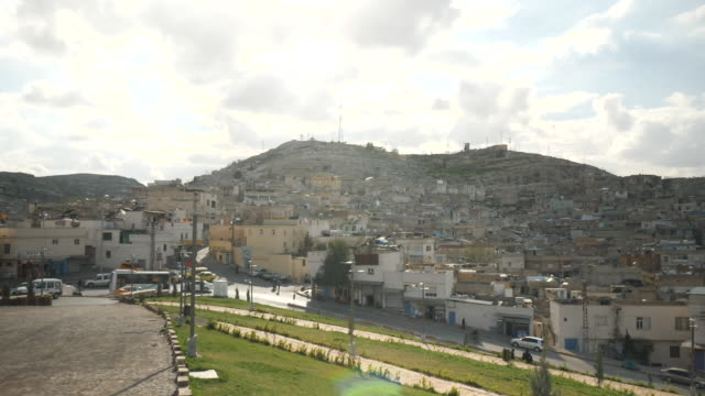stockvideo's en b-roll-footage met exterior shots over the city skyline of urfa on 14 march 2018 in urfa turkey - midden oosten