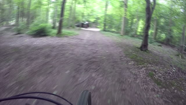 exterior shots point of view mountain biking at tidworth freeride club on may 05, 2016 in salisbury, england. - tidworth stock videos & royalty-free footage