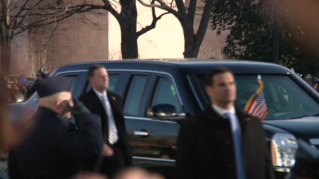 exterior shots presidential motorcade taking president barack obama to the us capitol building for his second inauguration on january 21 2013 in... - motorcade stock videos & royalty-free footage