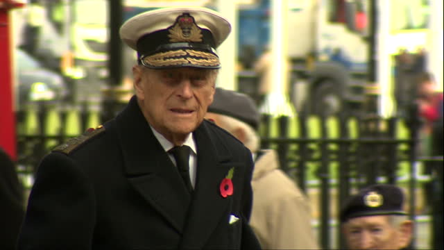exterior shots prince philip, duke of edinburgh and prince harry arrive at the fields of remembrance at westminster abbey. on november 10, 2016 in... - remembrance day stock videos & royalty-free footage