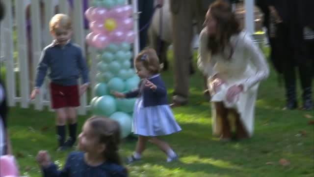 exterior shots prince william, duke of cambridge, catherine, duchess of cambridge, prince george of cambridge and princess charlotte of cambridge... - royal tour stock videos & royalty-free footage