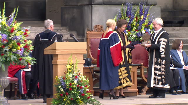 exterior shots princess anne presenting award to jk rowling princess anne unveiling plaque then making speech princess royal installed as chancellor... - j.k. rowling stock videos and b-roll footage