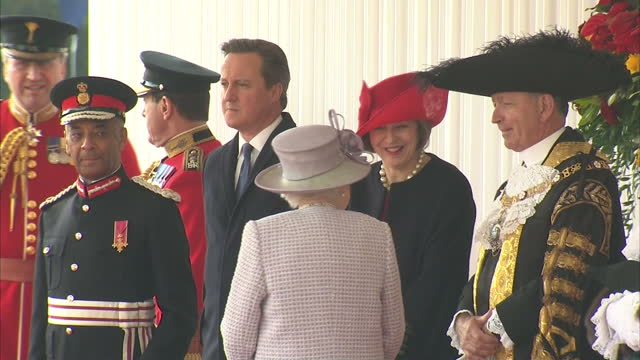 exterior shots queen elizabeth ii at horse guards parade for welcoming ceremony of xi jinping chinese president on state visit talking with theresa... - state visit stock videos & royalty-free footage