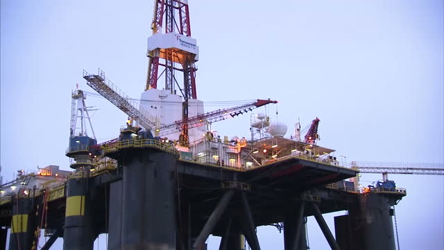 exterior shots sedco 712 oil drilling rig anchored in the cromarty firth on january 28 2016 in cromarty scotland - oil exploration platform stock videos & royalty-free footage