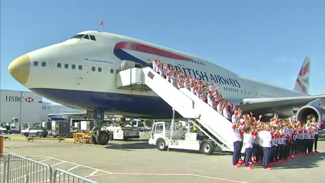 exterior shots team gb athletes pose for team photo in front of british airways flight ba2016 after returning from the rio 2016 olympic games. on... - team photo stock videos & royalty-free footage