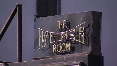 exterior shots the viper room nightclub on sunset boulevard, west hollywood, california. on in hollywood, california. - viper stock videos & royalty-free footage