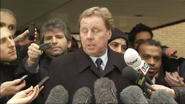 exterior shots tottenham manager harry redknapp speaks to the the press outside southwark crown court after being found not guilty of tax evasion... - ハリー レッドナップ点の映像素材/bロール