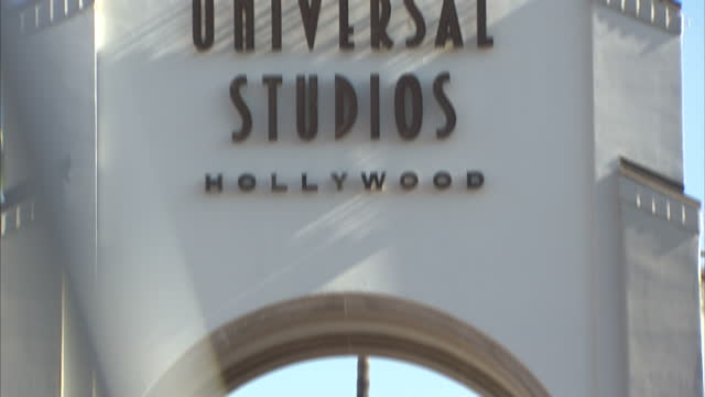 exterior shots universal studios hollywood entrance on february 14 2012 in los angeles california - nbcuniversal video stock e b–roll