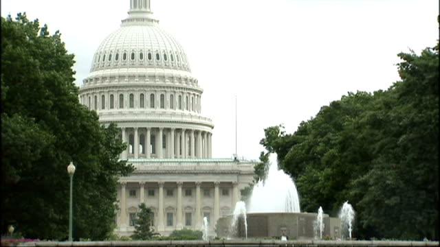 exterior shots us capitol building on capitol hill home of the united states congress and senate chambers on september 17 2009 in washington dc... - united states congress点の映像素材/bロール