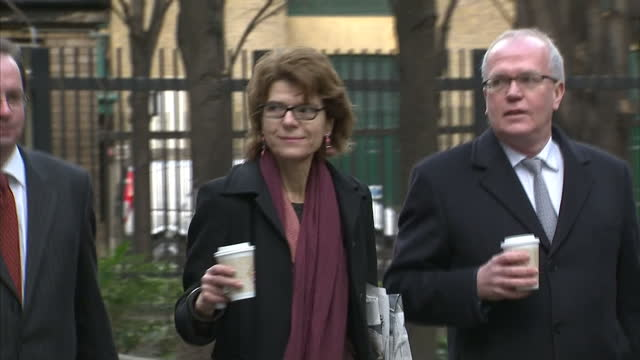 exterior shots vicky pryce arrives at southwark crown court vicky pryce arrives at court on february 04 2013 in london england - ビッキー・プライス点の映像素材/bロール