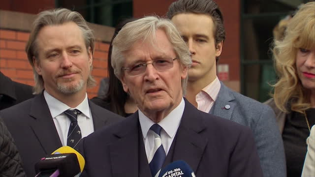 exterior shots william roache bill roache walks out of preston crown court and gives press statement to media on being found not guilty of rape and... - コロネーションストリート点の映像素材/bロール