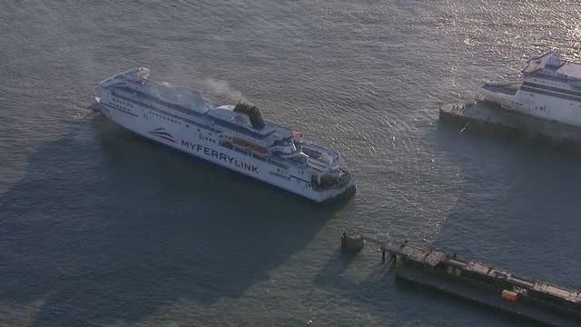 stockvideo's en b-roll-footage met exterior shows aerials over dover ferry port lorries in dock ferries coming and going on january 08 2015 in dover england - passagiersboot