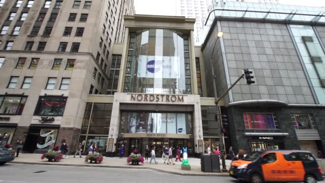 stockvideo's en b-roll-footage met exterior signage of a nordstrom store in chicago il on august 4 2017 photographer christopher dilts shots full wide shot of nordstrom store as people... - nordstrom
