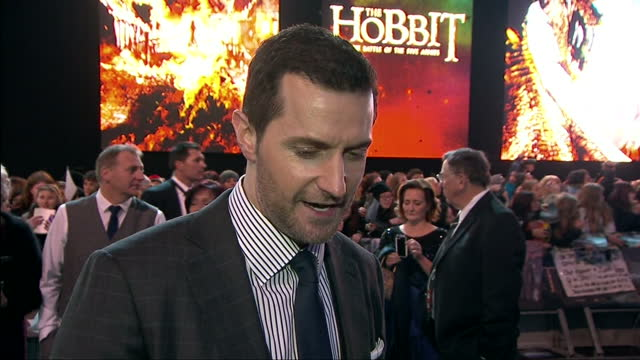 exterior soundbite with actor richard armitage speaking about working with peter jackson and how he is glad that 'the hobbit' film trilogy was made... - premiere stock videos & royalty-free footage