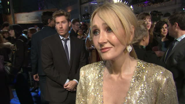 exterior soundbite with j k rowling author on the red carpet of 'fantastic beasts and where to find them' talking about what it was like writing the... - j.k. rowling stock videos and b-roll footage