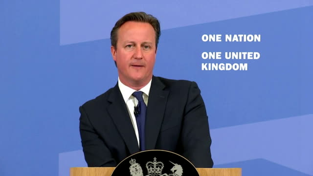exterior speech by british prime minister david cameron on tackling extremism and promoting cohesion part nine on july 20, 2015 in london, england. - isil konflikt stock-videos und b-roll-filmmaterial