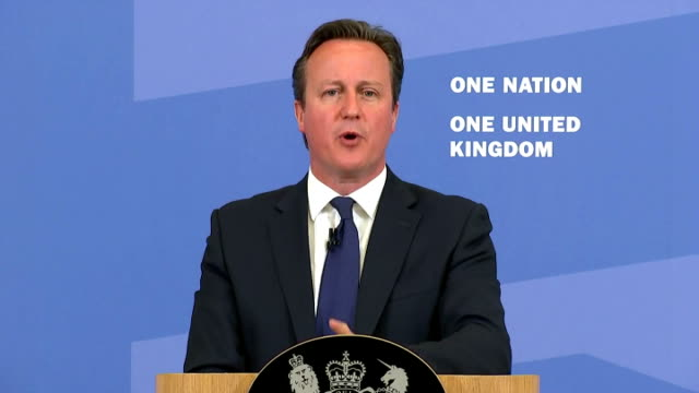 exterior speech by british prime minister david cameron on tackling extremism and promoting cohesion part twelve on july 20, 2015 in london, england. - isil konflikt stock-videos und b-roll-filmmaterial