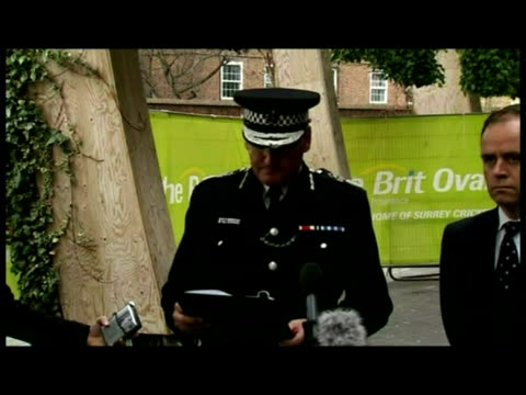 exterior statement acting commissioner sir paul stephenson, metropolitan police - police statement stock videos & royalty-free footage