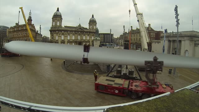 Exterior timelapse shot of the 'Blade' scultpure being installed in Queen Victoria Square in Hull on January 08 2017 in Hull England