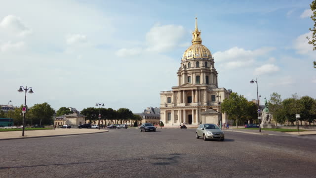 ws exterior view of les invalides, paris, france - 17th century stock videos & royalty-free footage