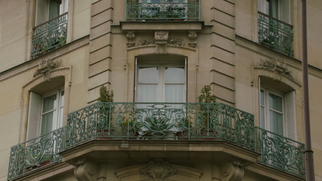 MS Exterior view of residential building / Paris, France