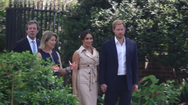 vídeos de stock, filmes e b-roll de exterior views of the duke and duchess of sussex arriving at a creative industries and business garden party reception on the last day of their royal... - meghan harry