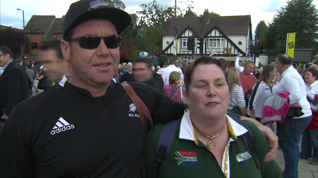 vidéos et rushes de exterior vox pops with rugby fans outside twickenham stadium prior to the england v wales clash on september 18 2015 in london england - vox populi