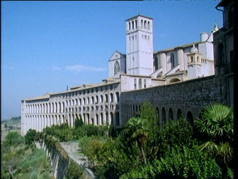 exterior wall and complex st francis' basilica assisi - assisi stock videos and b-roll footage
