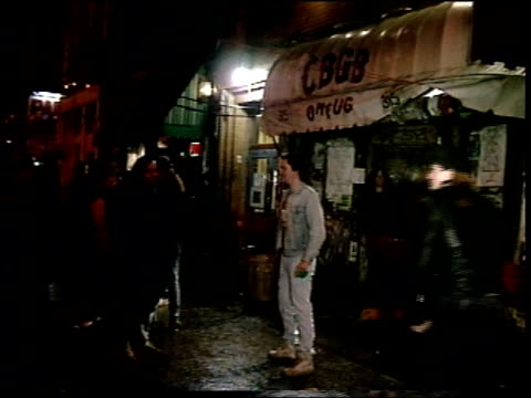 exterior wide shot of cbgbs at night - punk music stock videos & royalty-free footage