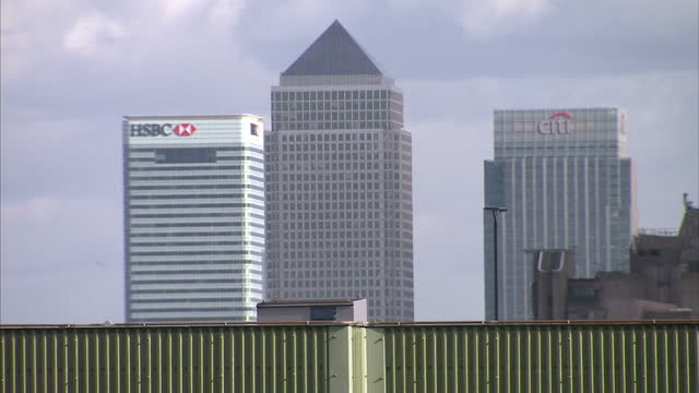 exterior wide shots london skyline with gherkin cheese grater building walkie talkie skyscrapers exterior shots canary wharf with hsbc and citi bank... - grater utensil stock videos and b-roll footage