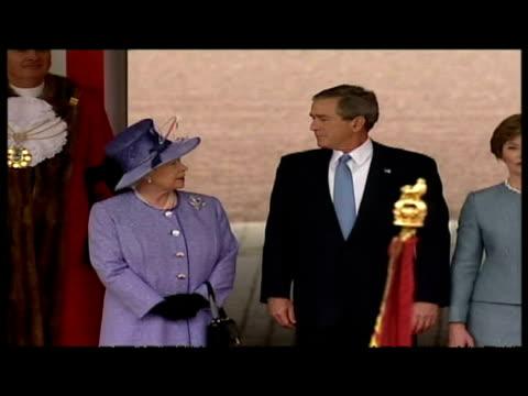 exteriors george & laura bush arrive at buckingham palace & greet queen elizabeth & prince philip, duke of edinburgh. exteriors george bush watches... - laura bush stock videos & royalty-free footage