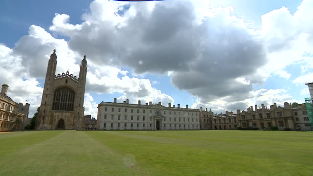 vídeos de stock, filmes e b-roll de exteriors king's college in cambridge - king's college cambridge