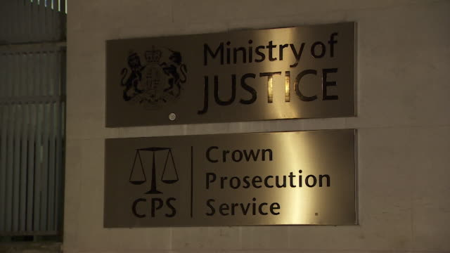 exteriors of ministry of justice and crown prosecution service at night westminster - building exterior stock videos & royalty-free footage