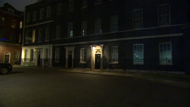 exteriors of number 10 downing street, as inside prime minister boris johnson is giving his announcement placing the uk into lockdown to help halt... - downing street stock videos & royalty-free footage