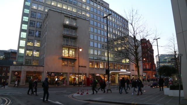 exteriors of spaces peter house at oxford street, manchester, greater manchester, uk, on wednesday, february 5, 2020. - bare tree stock videos & royalty-free footage