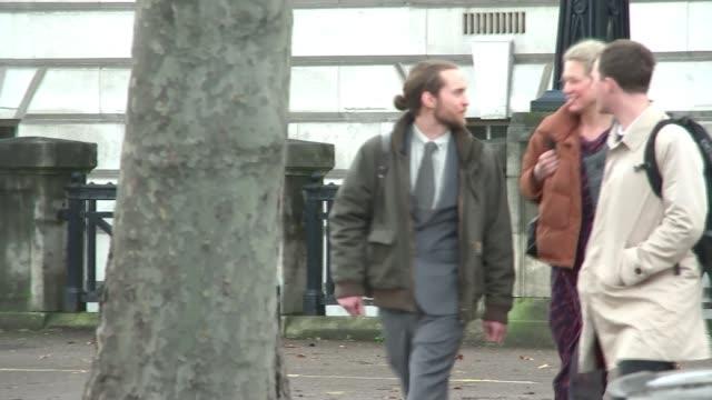 three protesters avoid jail england london cathy eastburn mark ovland and luke watson along to court - gefängnisausbruch stock-videos und b-roll-filmmaterial