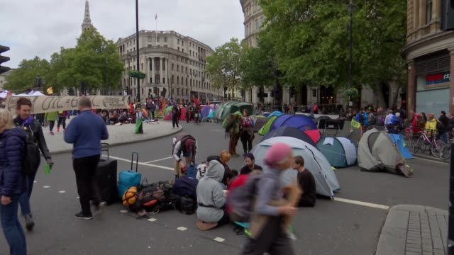 extinction rebellion tree planting protest and trafalgar square protest gvs england london trafaglar square ext extinction rebellion protesters... - dancing back to back stock videos & royalty-free footage