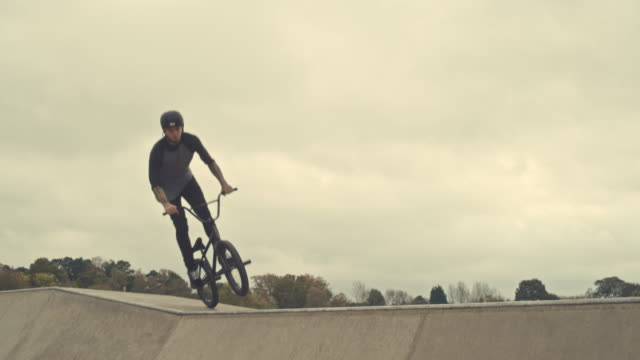 extremsport - bmx stock-videos und b-roll-filmmaterial