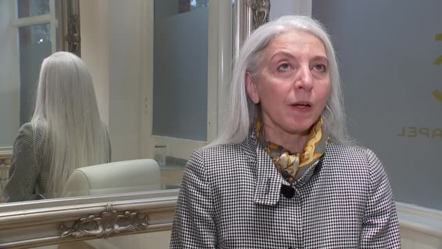 extreme stress can turn hair grey say researchers england int alex bruni setups combing and styling her long grey hair and interview sot - combing stock videos & royalty-free footage