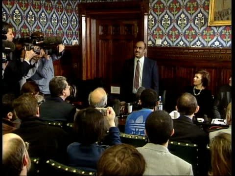 extremist and moderate british muslims; tx 20.1.2004 london: houses of parliament: azmat begg speaking at meeting - moazzam begg stock videos & royalty-free footage