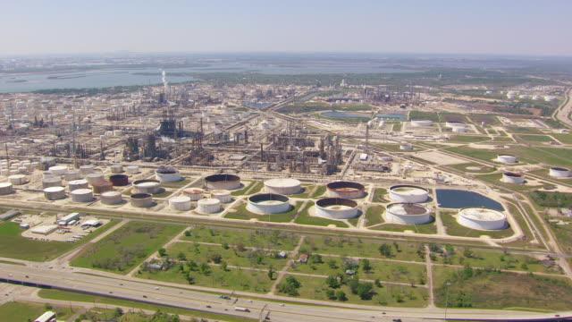 ws aerial exxonmobil baytown petrochemical complex / houston, texas, united states - exxon stock videos & royalty-free footage