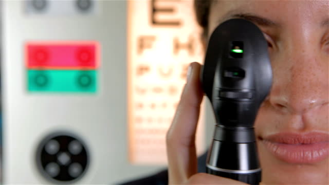 Eye test with magnifying tool