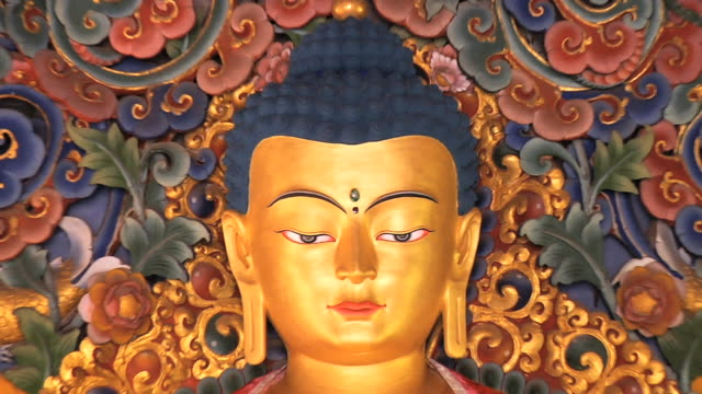 ms zo eyes of buddha statue / gaya, bihar, india - male likeness stock videos & royalty-free footage