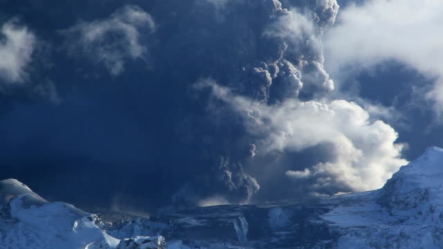"""eyjafjallajokull volcano erupting, 2010"" - 2010 stock videos & royalty-free footage"