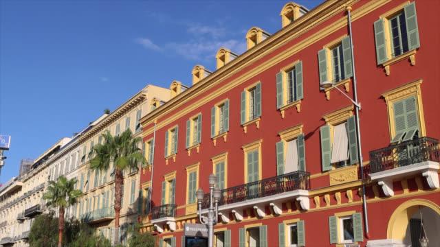 stockvideo's en b-roll-footage met facade of colorful apartment building in nice - luik architectonisch element